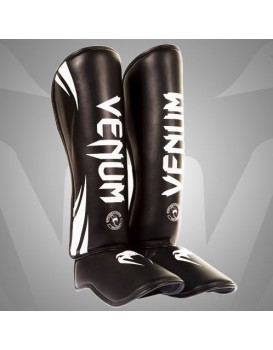 Caneleira Venum Challenger Standup Black